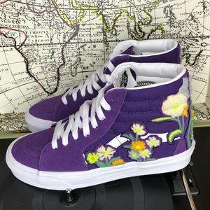 Vans sk8 hi floral Chenl women's size 9